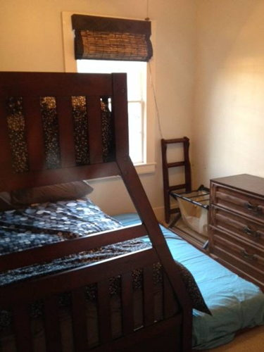Bedroom m8uoom photo thumbnail