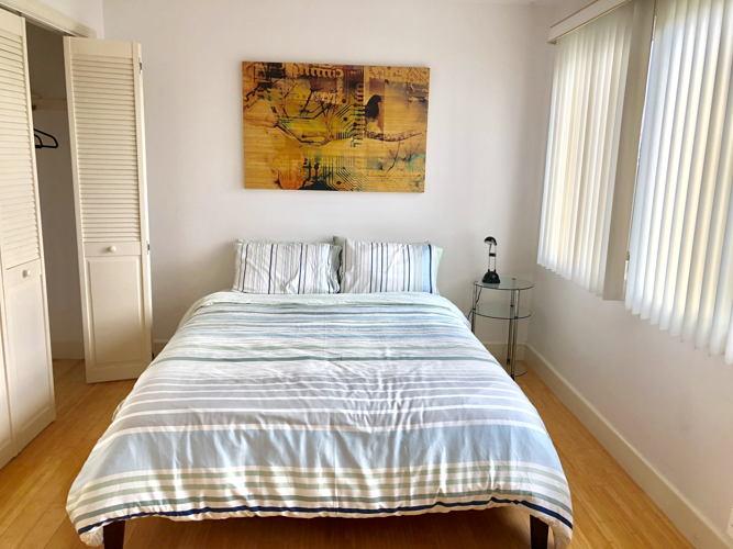 Bedroom mkzak5 photo thumbnail