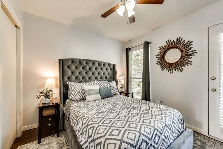 Bedroom 72i75r photo thumbnail