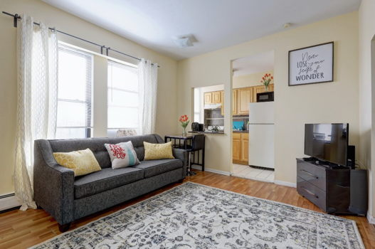 Picture 1 of 2 bedroom Apartment in Jersey City