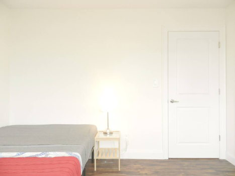 Picture 32 of 3 bedroom Apartment in Queens