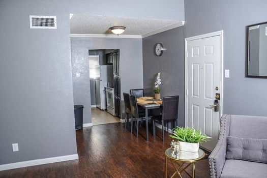 Picture 18 of 2 bedroom Condo in Irving