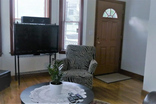 Picture 5 of 4 bedroom Townhouse in Boston