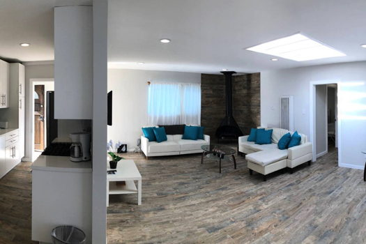 Picture 1 of 3 bedroom Apartment in Los Angeles