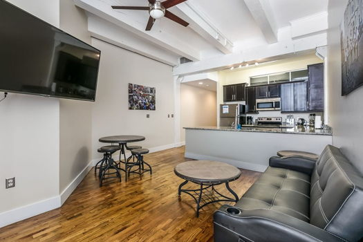 Picture 3 of 1 bedroom Condo in New Orleans