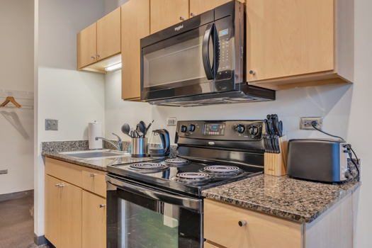 Picture 10 of 2 bedroom Apartment in Chicago