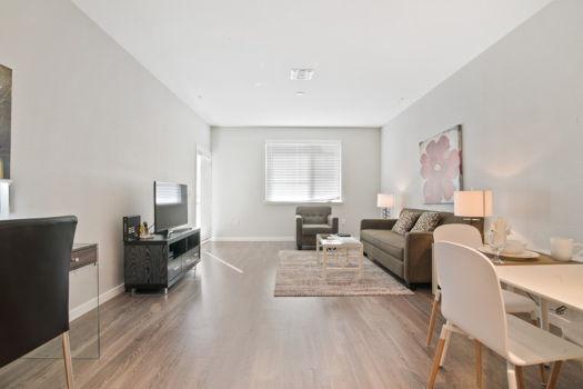 Picture 1 of 2 bedroom Apartment in Menlo Park