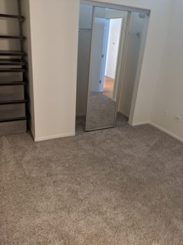 Picture 3 of 2 bedroom Condo in Chicago
