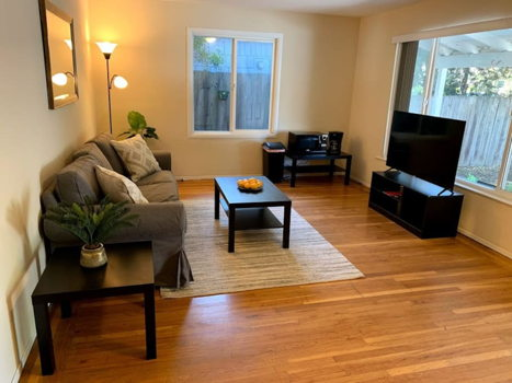 Picture 1 of 1 bedroom House in Palo Alto