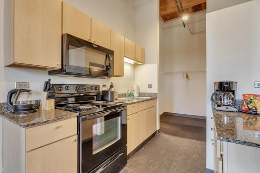 Picture 5 of 2 bedroom Apartment in Chicago