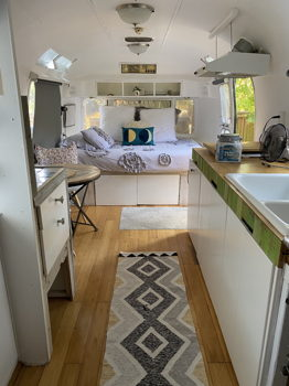 Picture 5 of 1 bedroom Guest house in Portland