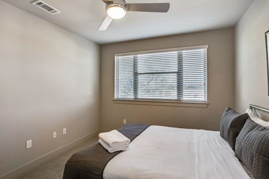 Picture 11 of 2 bedroom Apartment in Dallas