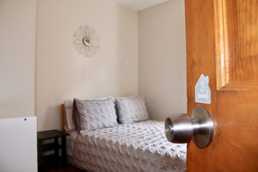 Picture 3 of 5 bedroom Flat in Boston