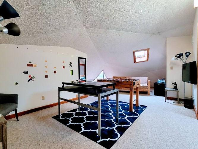 Bedroom Extra sleeping area photo thumbnail