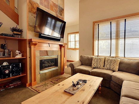 Picture 3 of 3 bedroom Townhouse in Park City