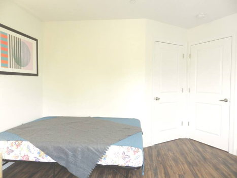Picture 23 of 3 bedroom Apartment in Queens