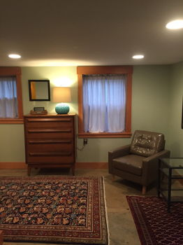 Picture 3 of 1 bedroom Guest house in Seattle