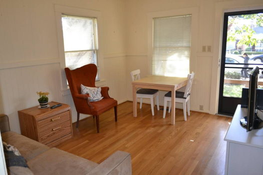 Picture 2 of 2 bedroom House in Mountain View