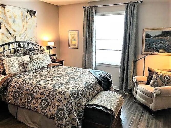Bedroom lzt0hw photo thumbnail