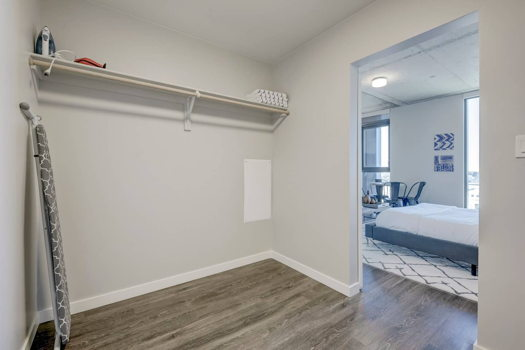 Picture 11 of 1 bedroom Apartment in Denver