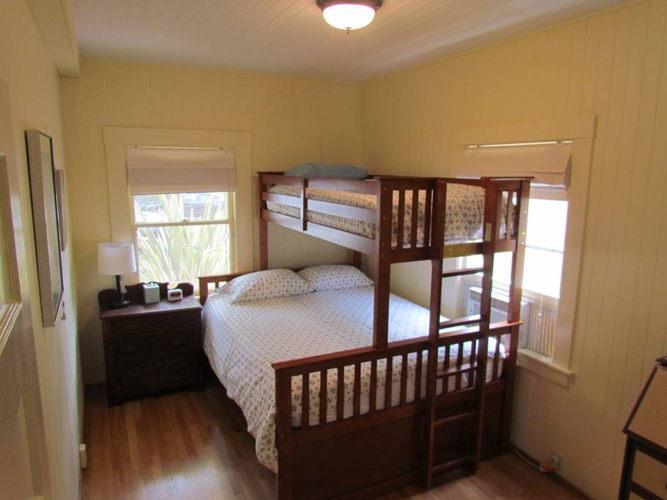 Bedroom 02e6if photo thumbnail
