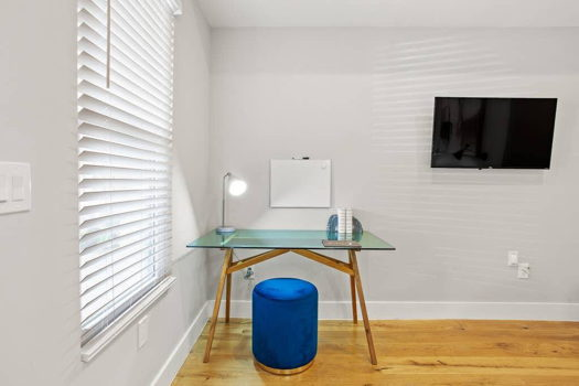 Picture 14 of 3 bedroom Condo in Washington