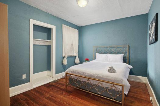Picture 8 of 3 bedroom House in Philadelphia