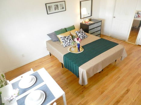 Picture 16 of 3 bedroom Townhouse in Queens