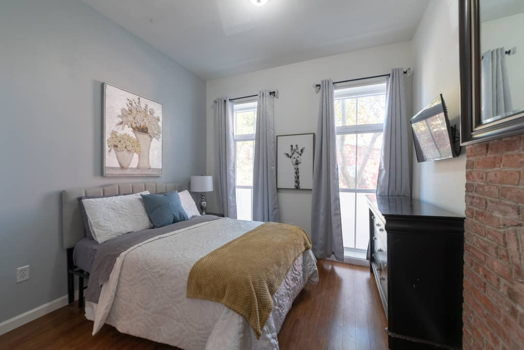 Picture 6 of 3 bedroom Apartment in Jersey City