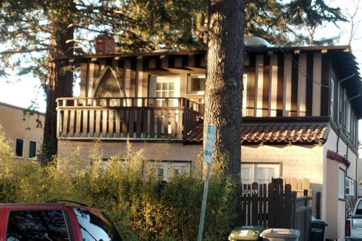 Picture 17 of 2 bedroom Apartment in Berkeley