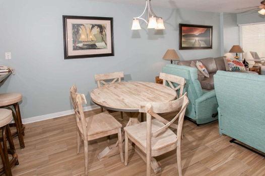 Picture 18 of 2 bedroom Condo in Gulf Shores