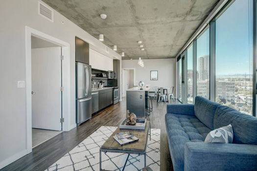 Picture 10 of 3 bedroom Apartment in Denver