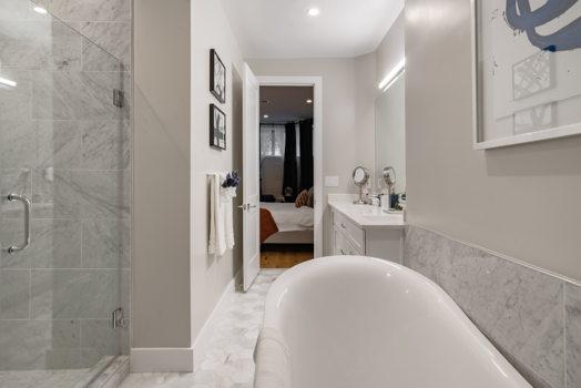 Picture 16 of 3 bedroom Condo in Washington