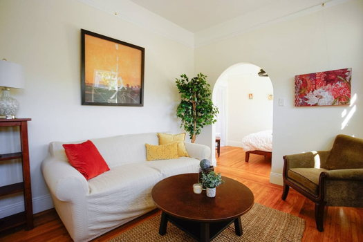 Picture 2 of 2 bedroom House in San Francisco