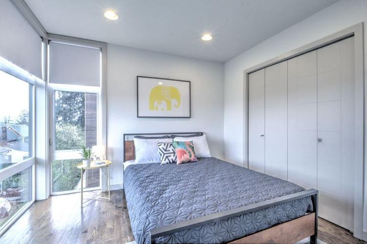 Bedroom b9t1de photo thumbnail