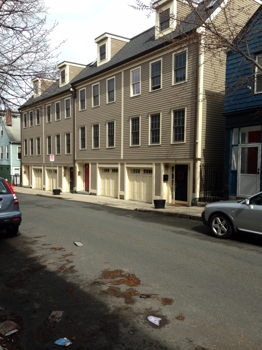 Picture 1 of 3 bedroom Townhouse in Boston