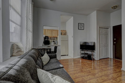 Picture 3 of 1 bedroom Apartment in Jersey City