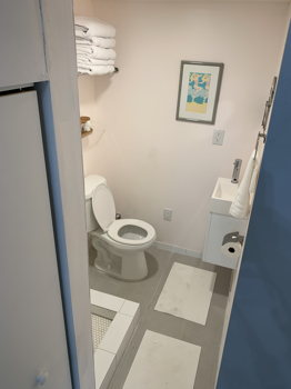 Picture 5 of 1 bedroom Guest house in Hollywood