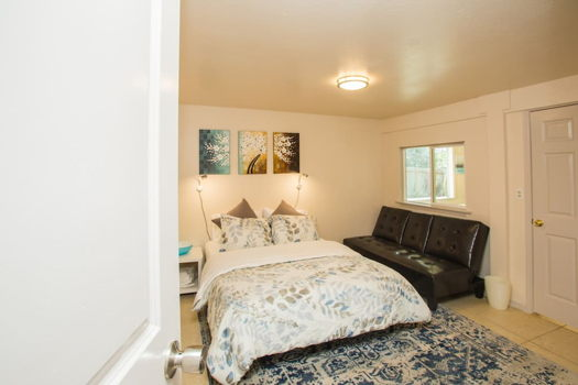 Picture 4 of 1 bedroom House in San Bruno