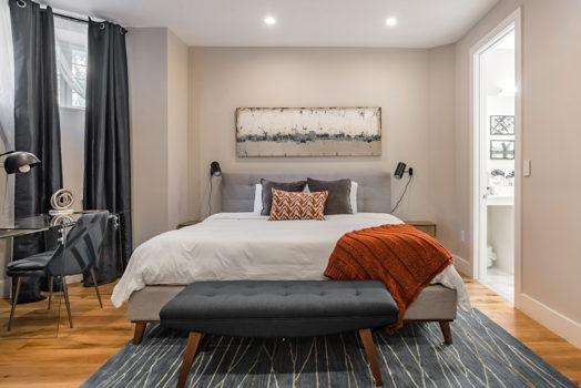 Picture 3 of 3 bedroom Condo in Washington
