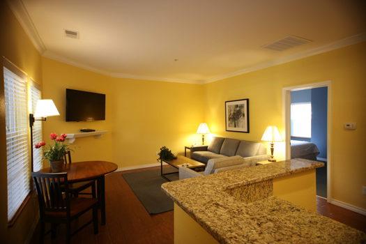 Picture 2 of 1 bedroom Condo in Branson