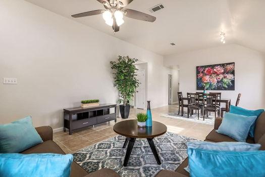 Picture 16 of 3 bedroom Duplex in Austin