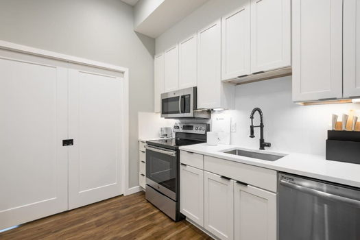 Picture 10 of 1 bedroom Apartment in Washington
