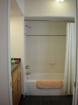Picture 6 of 2 bedroom Townhouse in Palo Alto