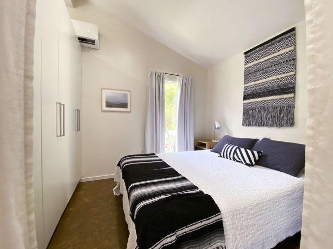Bedroom v1kaxz photo thumbnail