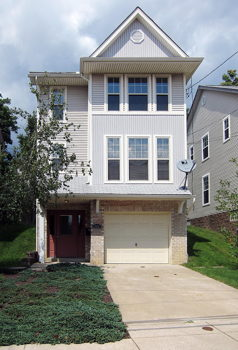 Picture 1 of 3 bedroom House in Pittsburgh