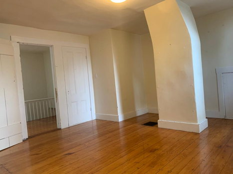 Picture 2 of 4 bedroom Apartment in Cambridge