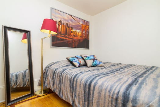 Picture 10 of 3 bedroom Apartment in New York