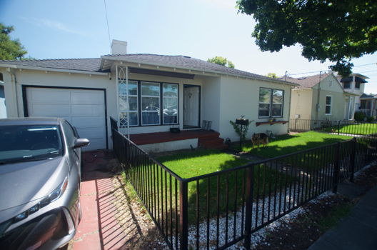 Picture 1 of 2 bedroom House in San Mateo