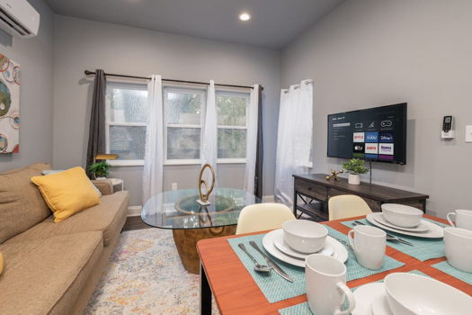 Picture 1 of 1 bedroom House in Springfield